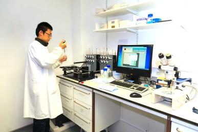 Crystallisation facilities: Oryx8